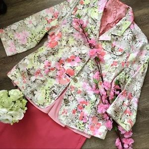 Beautiful Floral Jacket! Cottagecore?!